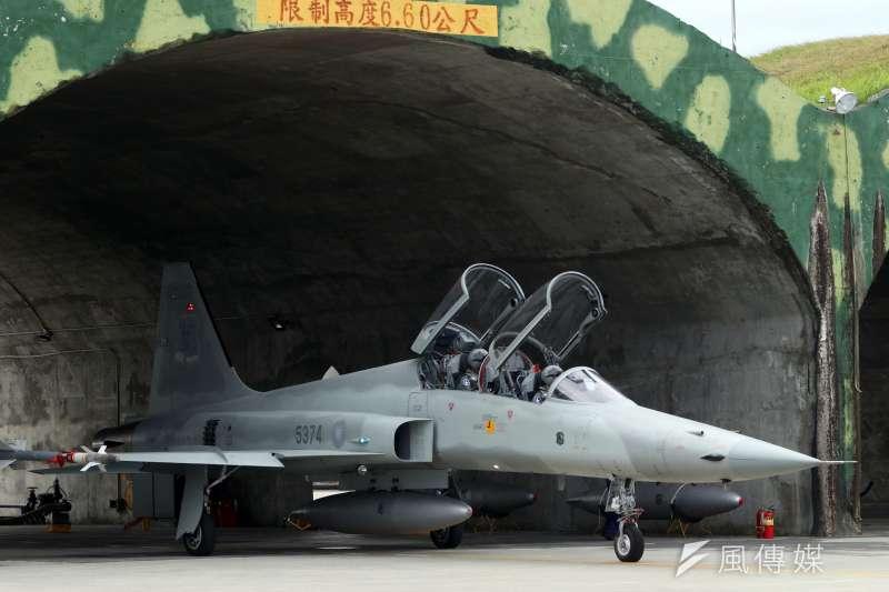 軍方欲強化台東地區戰備及災防需求的構想,但卻遭地方強烈反彈,實際上這可能與空軍志航基地多年來造成的噪音有關。(蘇仲泓攝)