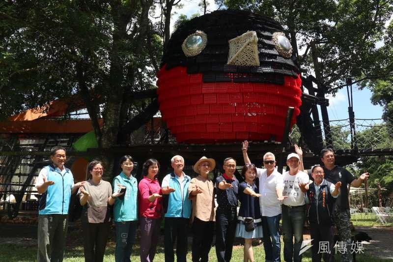 「2020農村體感藝術季」與藝術家有約活動,啟用義大利米蘭歐洲設計學院-路跑樂(Paolo Rui)教授嶄新設計Rrubie's tree house樹屋。(圖/記者王秀禾攝)