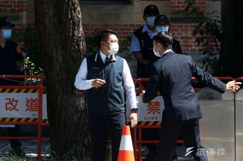 20200814-前總統李登輝辭世,14日上午舉行入殮火化禮拜。特勤人員支援場地維安。(蘇仲泓攝)