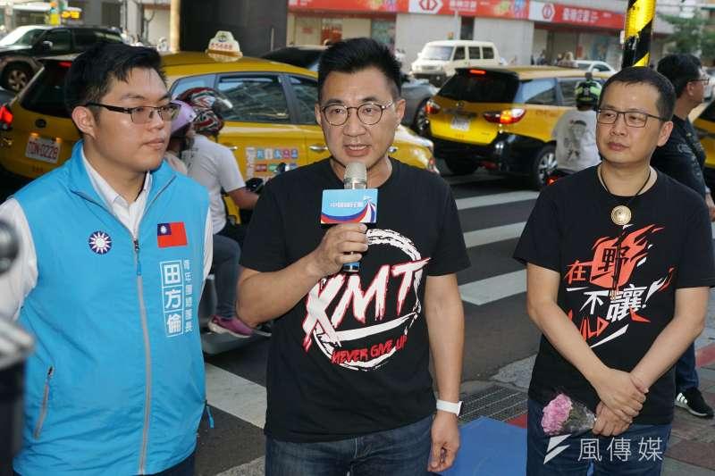 20200820-國民黨主席江啟臣20日出席「還我公投」街頭宣講。(盧逸峰攝)
