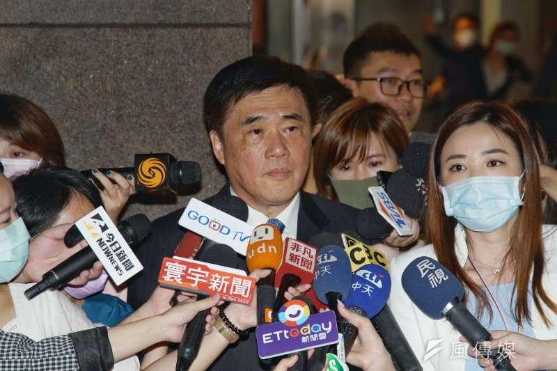 前台北市長郝龍斌(見圖)呼籲,對於前總統李登輝和前行政院長郝柏村當初的恩恩怨怨,現在都應該放下。(盧逸峰攝)