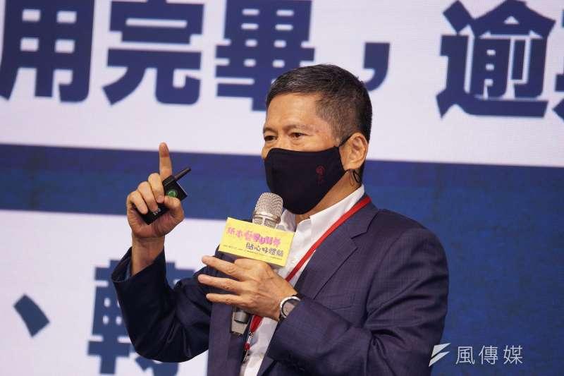 文化部24日舉行紙本藝fun券記者會,部長李永得(見圖)出席,紙本票券將分為100元、200元、300元各1組QR Code及條碼。(盧逸峰攝)