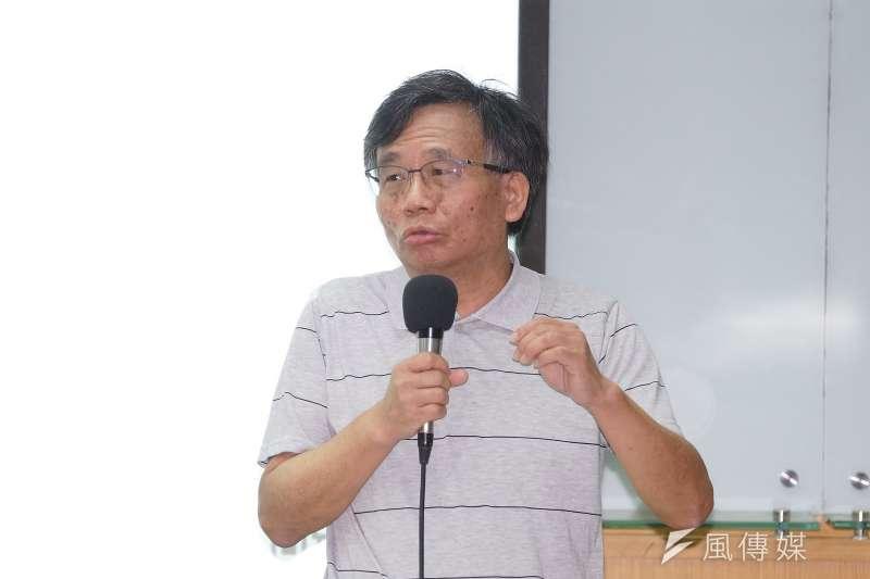 台大公衛教授陳秀熙(見圖)表示,目前新冠肺炎進入第2波流行,並將會以突發、以打游擊戰為主的游擊式流行。(資料照,盧逸峰攝)