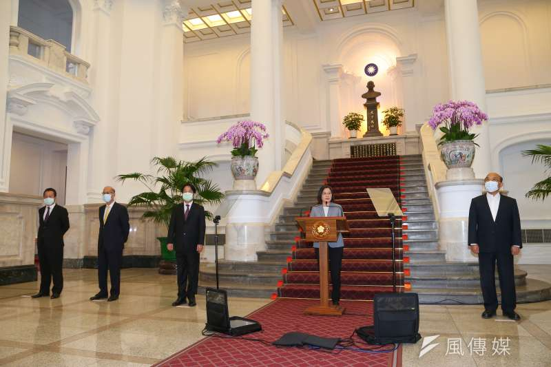 總統蔡英文八月底宣布開放美豬美牛,九月民調即明顯下挫。(顏麟宇攝)