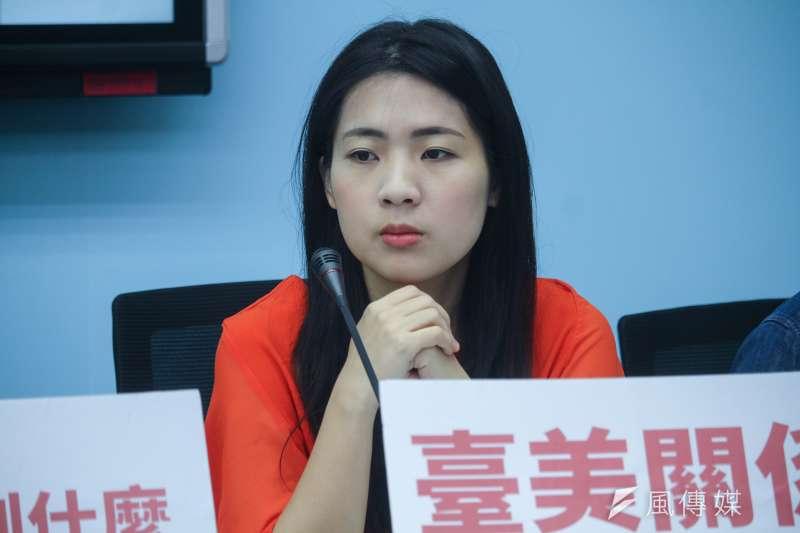 國民黨台北市議員徐巧芯(見圖)認為,願上戰場但又不支持恢復徵兵制的人,是因為他們覺得兩岸不會開戰。(資料照,蔡親傑攝)