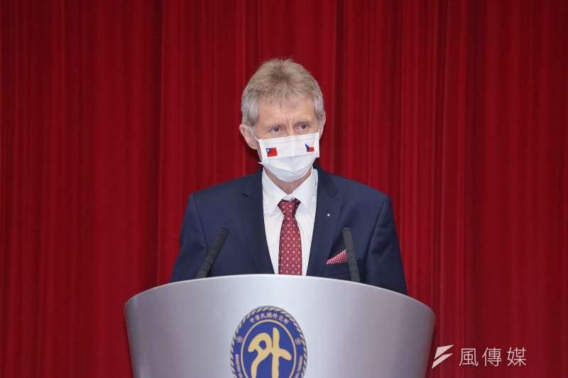20200903-捷克參議院議長韋德齊3日出席外交部記者會。(盧逸峰攝)