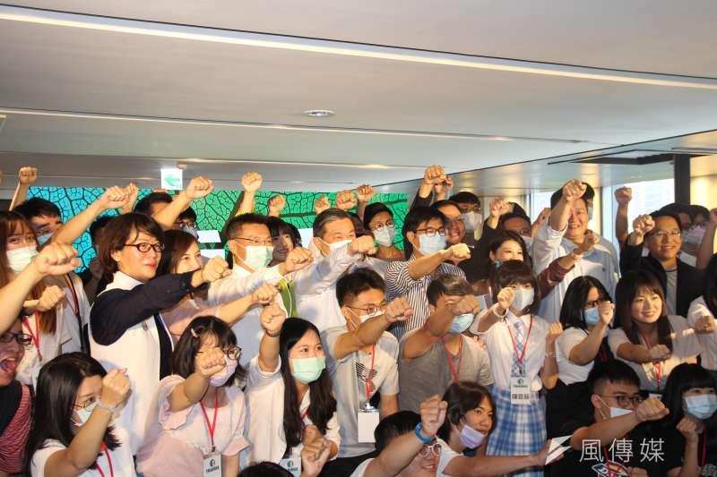 20200905-民進黨內派系「海派」轉型的湧言文化基金會5日在高雄舉辦青年營「乘浪」。(黃信維攝)