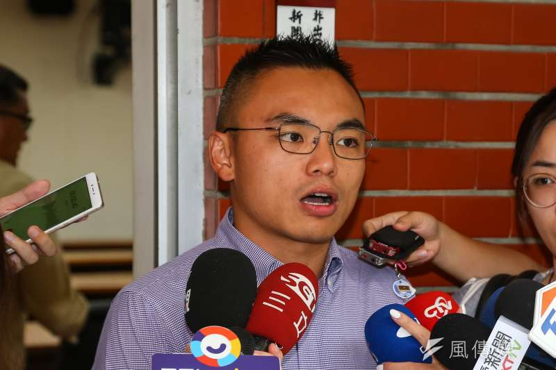 國民黨立委洪孟楷批評三倍券並未達到綁定數位券的目標。(資料照片,顏麟宇攝)
