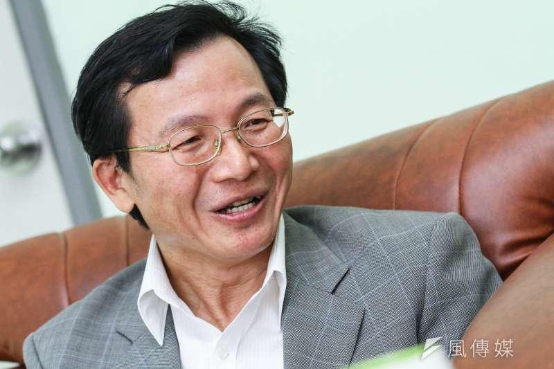 台大風險社會與政策研究中心主任周桂田(見圖)表示,前瞻計畫缺乏綠色振興理念,應提升低碳競爭力。(蔡親傑攝)