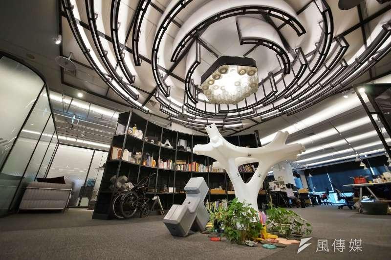 20200915-Miniwiz小智研發執行長黃謙智接受《風傳媒》專訪,公司環境一景。(盧逸峰攝)