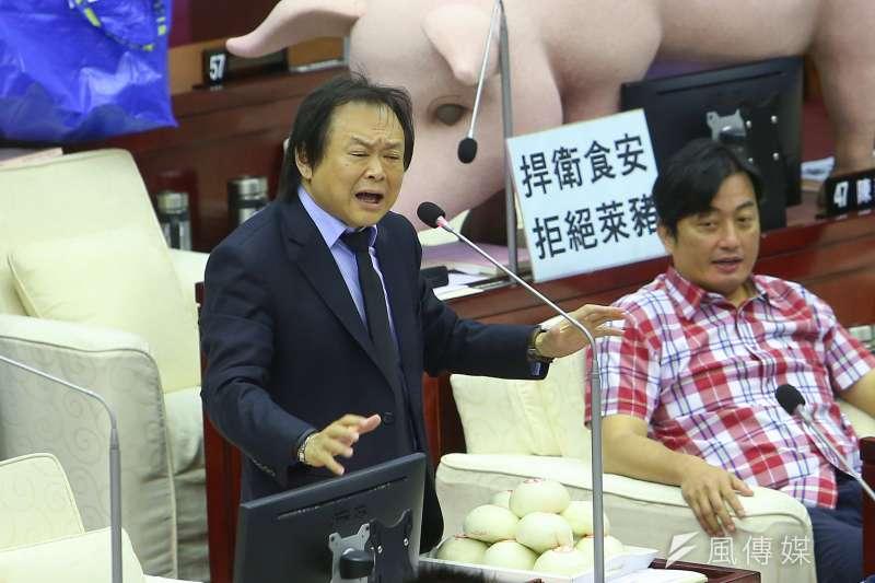 民進黨台北市議員王世堅呼籲衛福部長陳時中「別撈過界」。(資料照,顏麟宇攝)