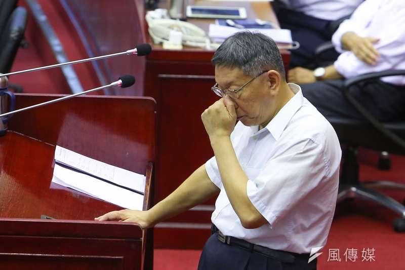 談到對九二共識的看法,台北市長柯文哲表示,要先講清楚說九二共識是什麼,「我們從來沒有說接受九二共識」。(顏麟宇攝)