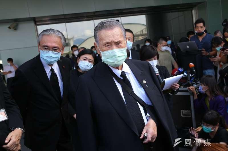 前日本首相森喜朗19日於返國前發表談話。(顏麟宇攝)