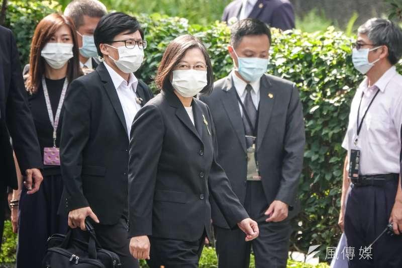 總統蔡英文19日出席李前總統登輝先生追思告別禮拜。(台北市攝影記者聯誼會提供)