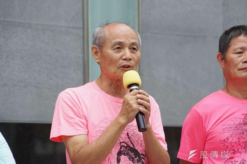 公投領銜人潘忠政在臉書貼文,表示自己的臉書被多項限制,支持者則將矛頭指向「被網軍惡意檢舉」。(資料照,盧逸峰攝)