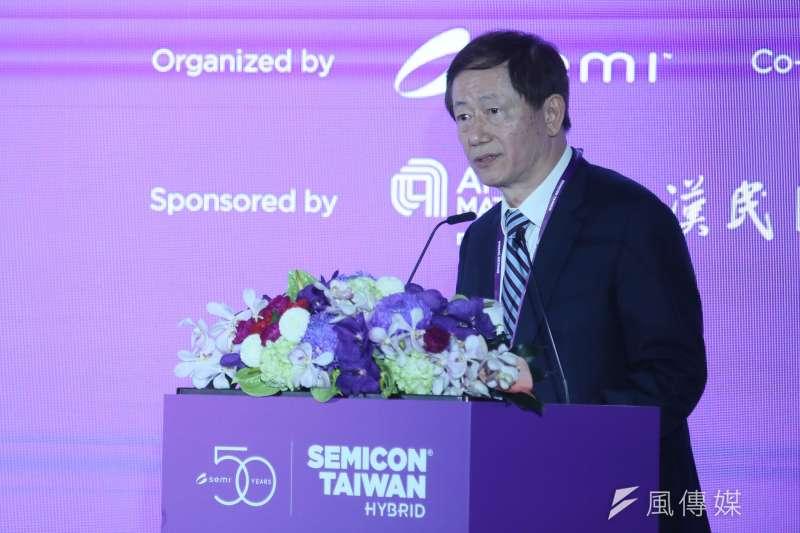 2020.09.23-2020國際半導體展23日在南港展覽館舉行,台積電董事長劉德音在大師論壇中演講。(柯承惠攝)