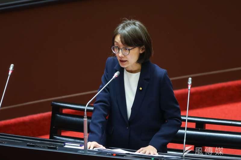 國民黨立委吳怡玎25日表示,檢調至她家中搜索,但搜索票中的名字卻是她的妹妹。(資料照,顏麟宇攝)