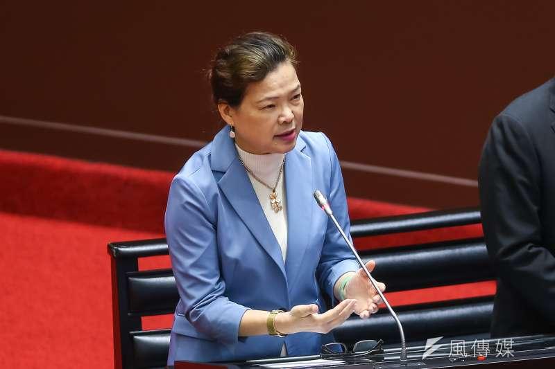 經濟部長王美花表示,台灣一定要發展生醫,就她所知,廣達將輝達的GPU(繪圖處理器)放入其伺服器內,已有國內醫院採用,未來若ICT產業持續投入,會更加躍進。(顏麟宇攝)