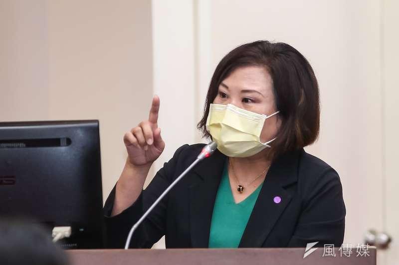 20200928-勞動部長許銘春28日於立院備詢。(顏麟宇攝)