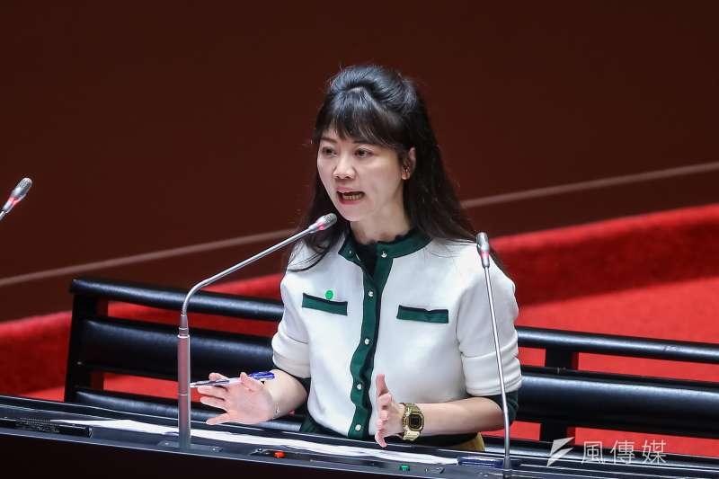 民進黨立委高嘉瑜(見圖)受訪時曾表示,自己租屋10年還買不起理想的房子。(資料照,顏麟宇攝)