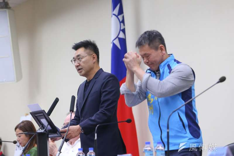 國民黨立院黨團總召林為洲(右起)8日受訪時,坦言對國民黨主席江啟臣有一點「小失望」。(資料照,顏麟宇攝)