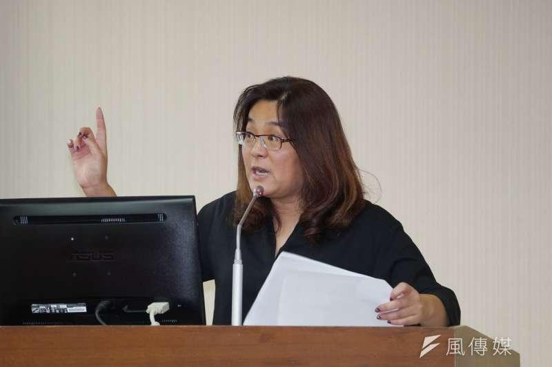 針對黨團2項提案,國民黨立委陳玉珍7日於立法院受訪時進行回應。(盧逸峰攝)