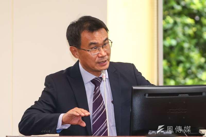 農委會主委陳吉仲為農業產銷問題與同黨立委互槓。(顏麟宇攝)
