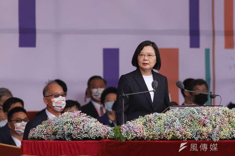 總統蔡英文10日出席國慶典禮,並發表演說,並多次提到「台灣」2字。(陳品佑攝)