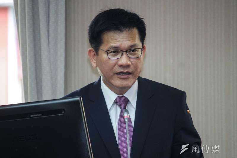 20201012-交通部長林佳龍出席立法院交通委員會列席報告與備詢。(蔡親傑攝)