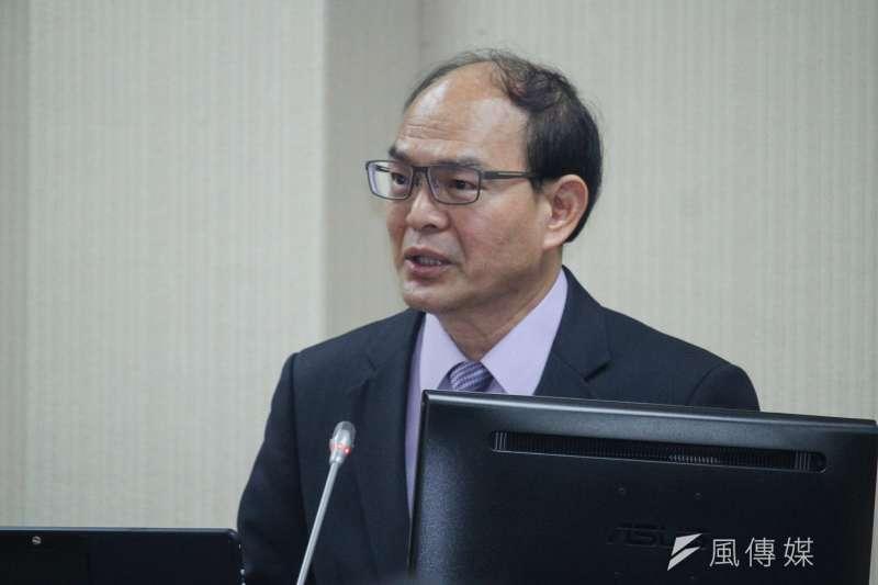20201012-外交部次長曾厚仁出席立院國防外交委員會備詢。(蔡親傑攝)