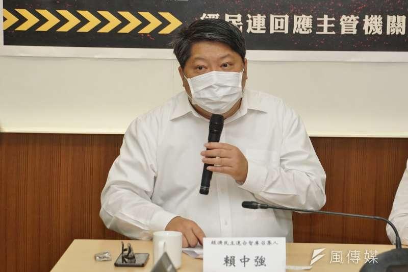 經濟民主聯合智庫召集人賴中強指出,文化部只針對解放軍、中國共產黨出版品進行審查的做法不夠精確。(資料照,盧逸峰攝)