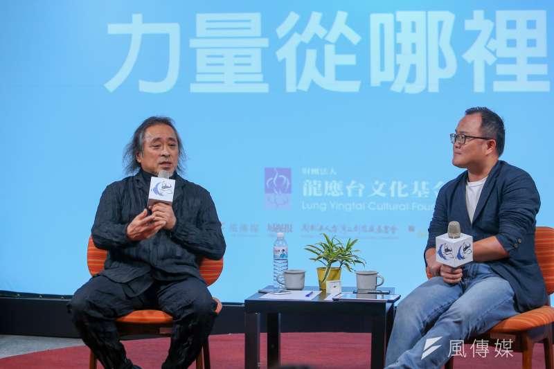 20201017-建築師姚仁喜17日出席思沙龍「深夜裡直面自己的時候」座談。(顏麟宇攝)