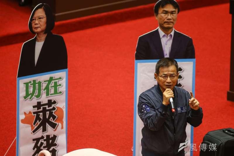 作者指出,瘦肉精的爭議有它一定的重大意義,且是從台灣現成未加思索的大戰略方向及定位一路而下的表癥。(顏麟宇攝)