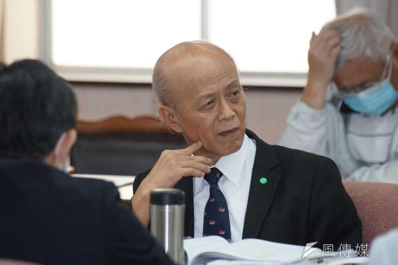 20201022-鐵道局長胡湘麟22日於立法院交通委員會備詢。(盧逸峰攝)
