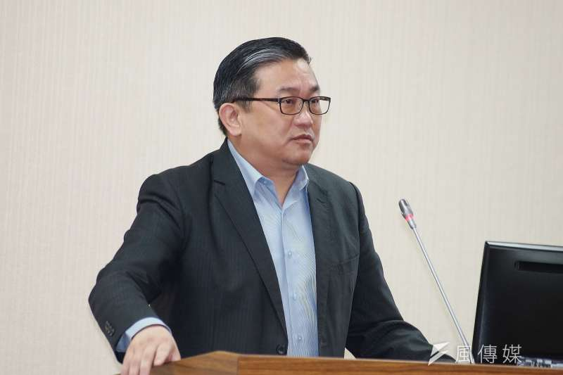 民進黨立委王定宇(見圖)被指與同黨發言人顏若芳同居,顏若芳表示2人只是房東與房客關係。(資料照,盧逸峰攝)
