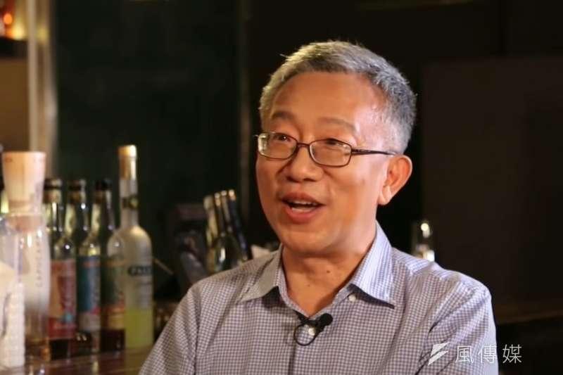 ETF佛系理財達人施昇輝,如何判斷投資標的?(圖/取自Youtube)