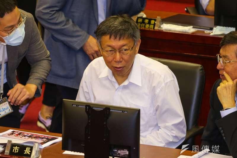 台北市長柯文哲23日至市議會進行專案報告,針對跨年晚會停辦標準進行說明。(顏麟宇攝)