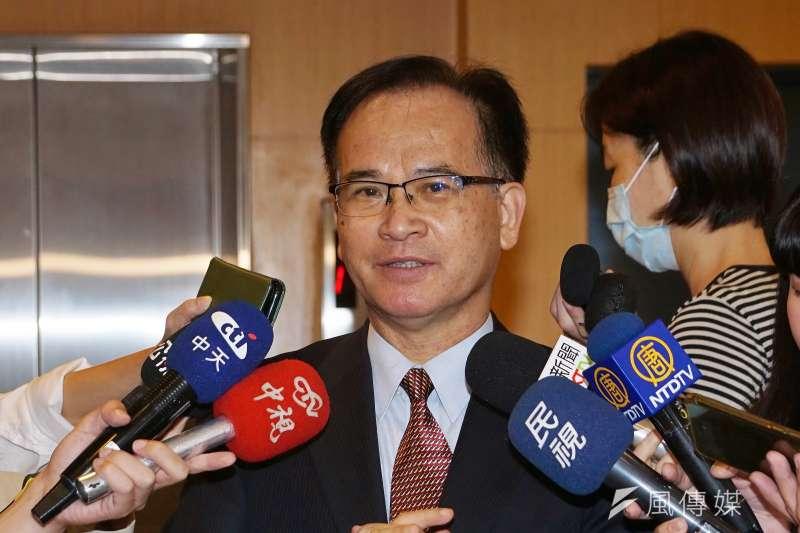 前台南縣長蘇煥智表示,從總統蔡英文在國慶演說裡,對《港版國安法》沒有任何回應看來,不表態、不批評某種程度也是反映一個「識相」。(盧逸峰攝)