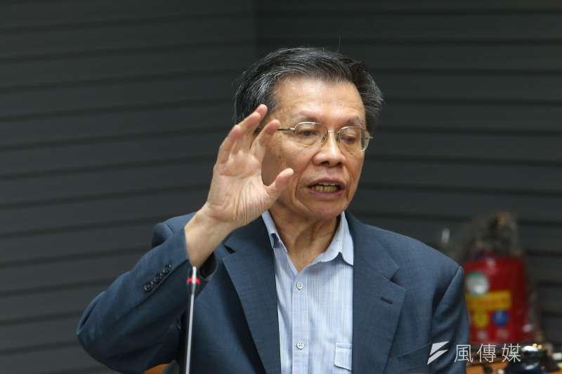 前立委沈富雄(見圖)在政論節目上痛批談「拒吃萊豬」是在為政府解套的官員「不知死活」。(資料照,顏麟宇攝)