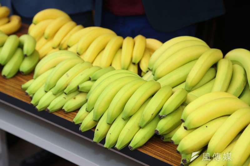 傳有輸日香蕉因檢出殺蟲劑殘留量超標而遭下架,農糧署副署長姚志旺證實此事,但強調只是個案。示意圖。(資料照,顏麟宇攝)