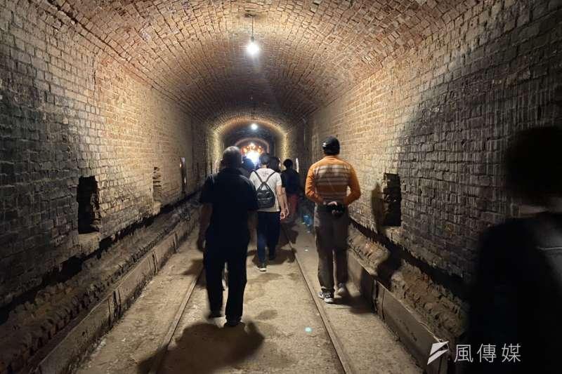順達磚窯場的百年老磚窯,讓遊客認識台灣的燒磚產業發展。(圖/記者王秀禾攝)