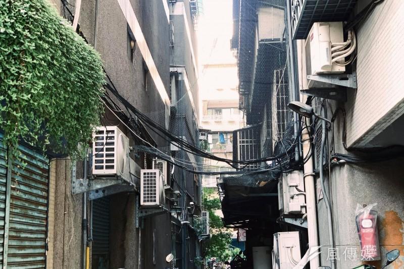 貧窮、底層、貧富差距、房價示意圖(謝孟穎攝)