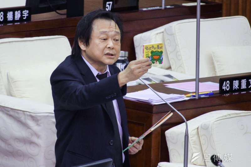 20201106-北市議員王世堅出席市議會第9次會議質詢。(蔡親傑攝)