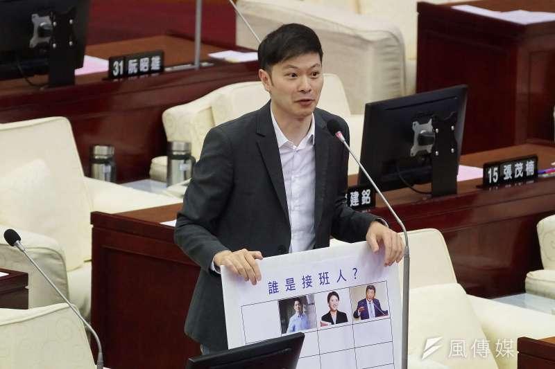 20201110-台北市議員李柏毅10日出席市政總質詢。(盧逸峰攝)