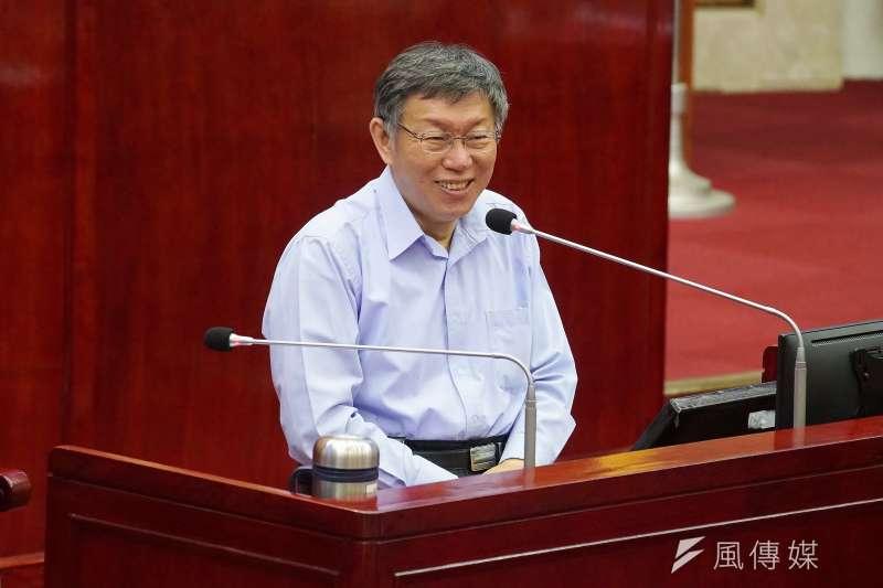 針對台灣何時能取得新冠肺炎(武漢肺炎)疫苗問題,台北市長柯文哲10日表示,台灣若跟英國、法國相比,「一定排在後面!」(盧逸峰攝)