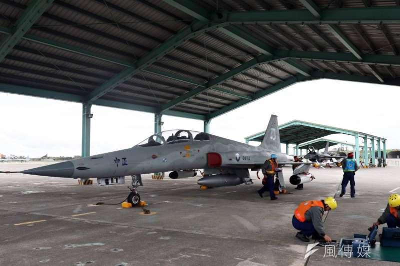 空軍司令部表示,感謝這段時間所有搜救同仁,不眠不休的努力。(資料照,蘇仲泓攝)