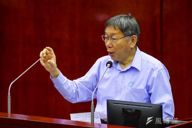 台北市長柯文哲12日於市議會備詢,針對中央「萊牛說」進行回應。(顏麟宇攝)