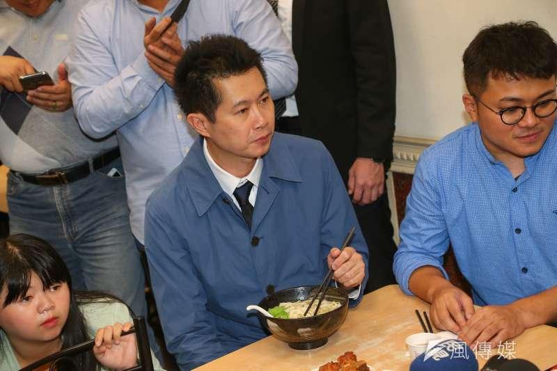行政院前發言人丁怡銘(見圖)日前被控違反《食安法》,29日至台北市中正一警分局問訊。(資料照,顏麟宇攝)