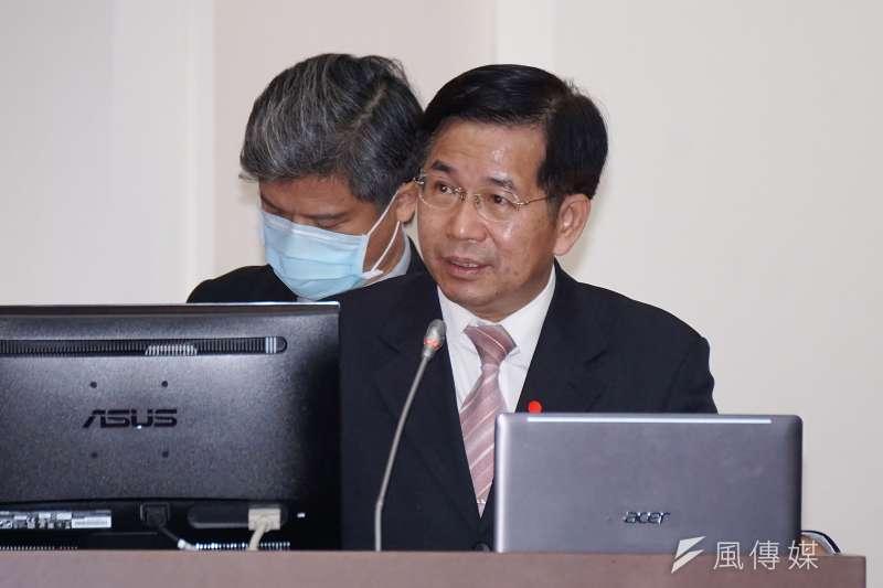 教務部長潘文忠(見圖)表示,今年全台各級學校整體已有76位學生自殺身亡,意圖自殺者則有1000多位。(盧逸峰攝)