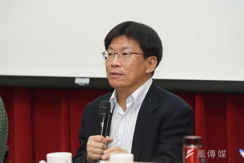 監委調查台北市長柯文哲的案件,遭質疑洩密,不過,查案的監委高涌誠(見圖)今日下午召開記者會自清強調,跟他一點關係也沒有。(資料照,盧逸峰攝)